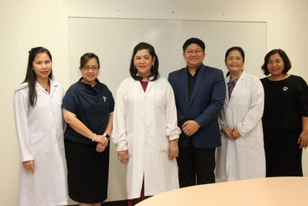 ดร.กัมปนาทกับนักวิจัย